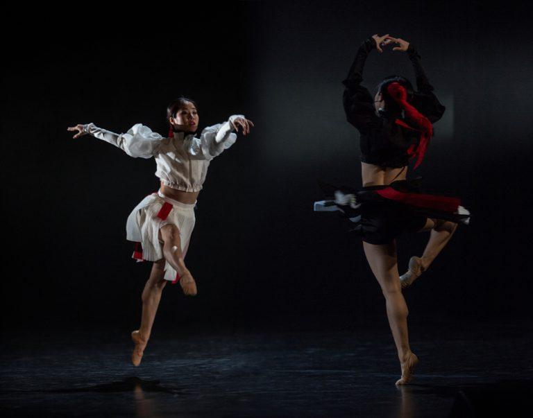 Sumire Shojima, Sakura Shojima - jin-jang; foto: Peter Brenkus