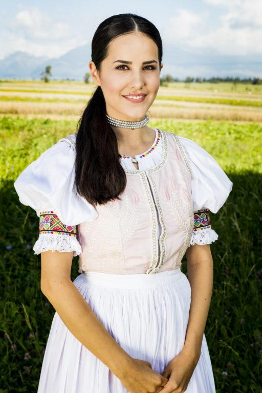 Veronika Vargová_Miss Folklór 2016; foto Matúš Lago